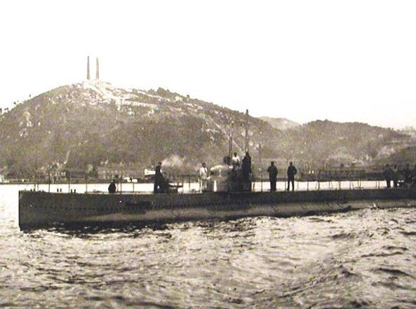Il sommergibile «Giacinto Pullino», a bordo del quale Sauro naufragò in territorio nemico