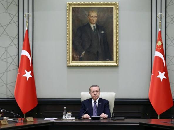 Turchia, Erdogan: dietro attacchi del Pkk c'è Gulen -rpt