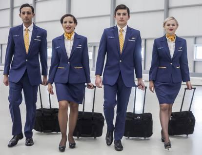 Risultati immagini per hostess Ryanair