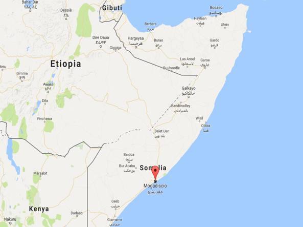 Somalia, commando di al Shabaab assalta un ristorante. Sette le vittime