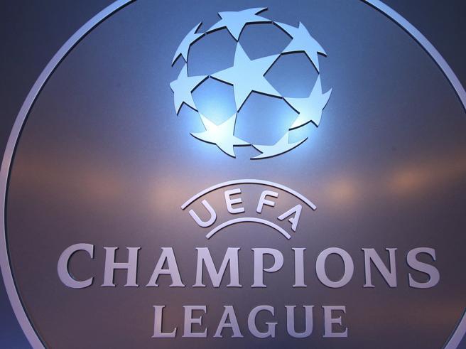 Champions League, gli otto gironi: Juventus e Napoli sorridono, Leicester fortunato