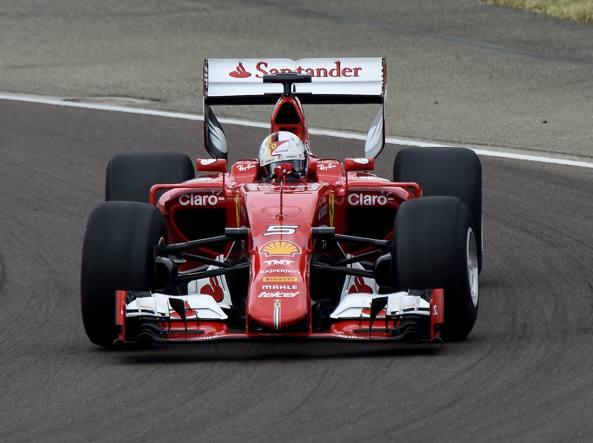 Spa, libere 2 a Verstappen. Ferrari: Vettel 4° e Kimi 7°