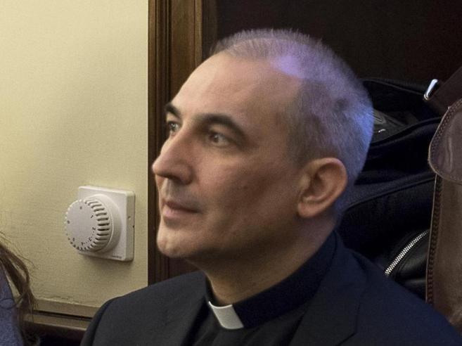 Vatileaks,  sentenza  esecutiva: arrestato monsignor Vallejo Balda