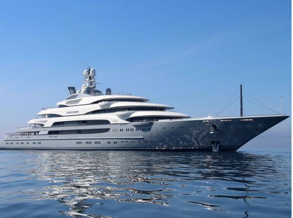 Aston martin un sottomarino di lusso per sentirsi come for Classifica yacht piu grandi del mondo