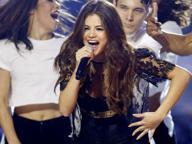 Selena Gomez annulla le date europee del Revival Tour: «Sto male, devo affrontare il lupus»