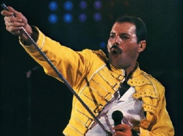 Leggenda Freddie Mercury: oggi avrebbe compiuto 70 anni
