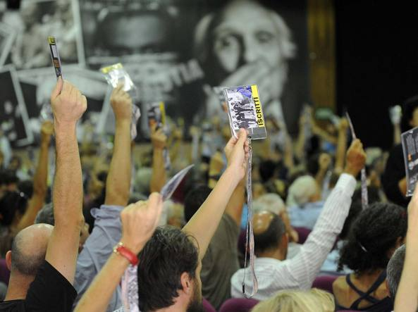 Radicali, si chiude il congresso e si vota sul futuro del partito