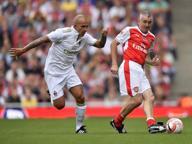 Le leggende dell'Arsenal danno una bella lezione alle vecchie glorie milaniste: a Londra finisce 4-2