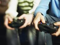 Scoprire i videogiochi, sfidando i genitori o imparando il coding