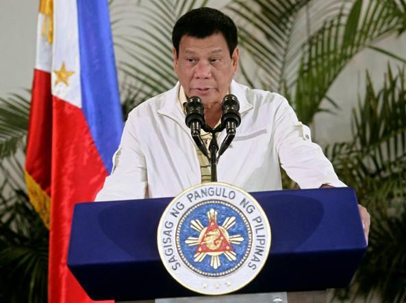 Filippine, Duterte insulta e minaccia Obama