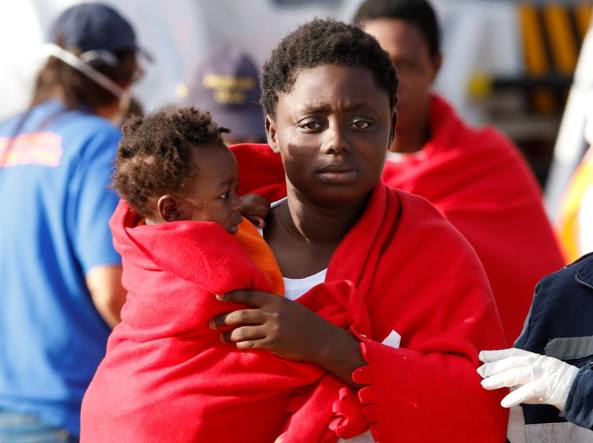 Migranti, Austria stop richieste asilo