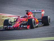 F1, nel 2017 tornano le gomme larghe. Proseguono i test