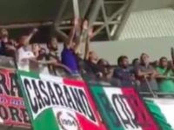 Israele-Italia, saluto romano dei tifosi azzurri durante gli inni rischio sanzioni