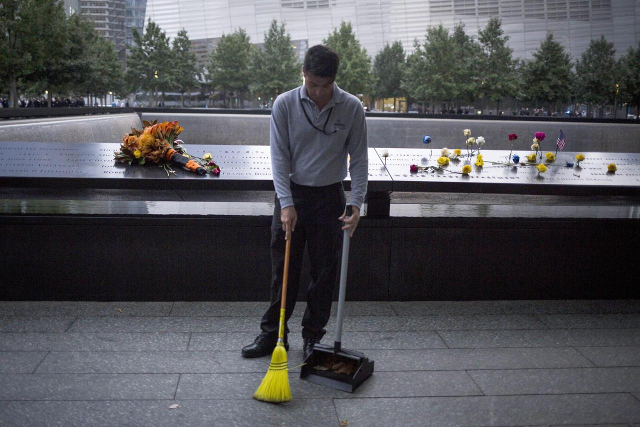11 settembre 2001 15 anni dopo il ricordo delle vittime for Gemelli diversi foto ricordo