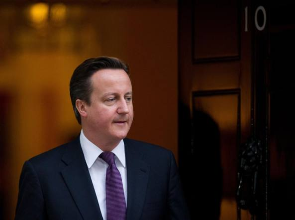 Gran Bretagna, David Cameron si dimette da deputato