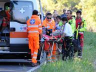 Bimba caduta nel Naviglio: «40 minuti a cuore fermo, ma vivrà»