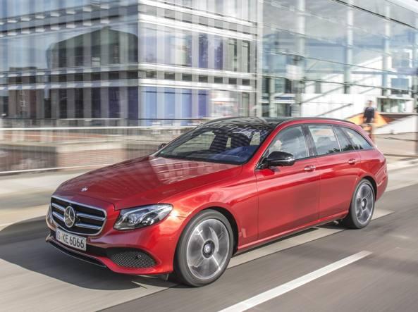 Novità auto: Mercedes AMG GT e GT C Roadster