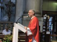 Don Marco lascia la Chiesa per amore(l'annuncio a messa e su Facebook)