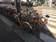 «BikeMi, il sistema è in crisi»Posteggi introvabili in centro