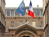 L'appello della Banca di Francia: patto per l'euro con Roma e Berlino