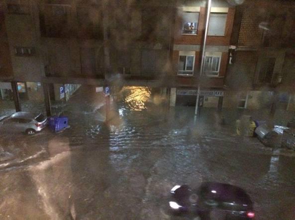 A Cagliari e hinterland diluvio e tempesta di fulmini nella notte