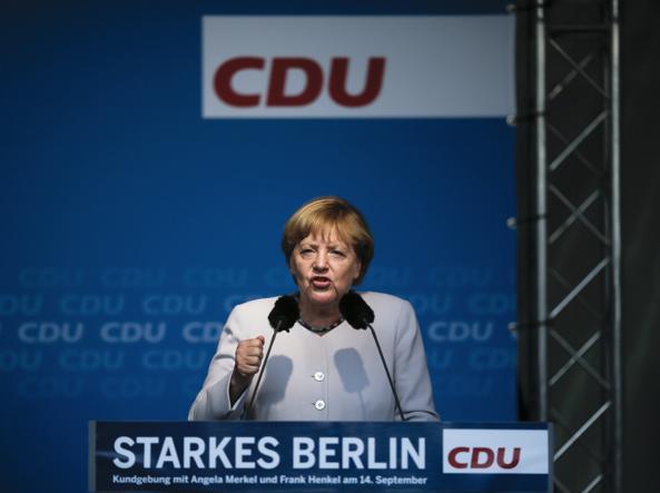 Berlino, elezioni: verso il boom della destra di Afd. Trema la Merkel