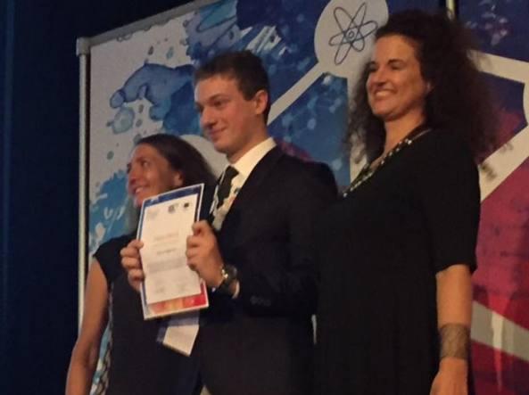 È uno studente italiano il migliore giovane scienziato europeo