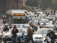 Metà degli italiani vittima del rumore Si sta peggio a Palermo e Firenze