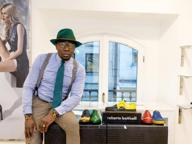 Il dandy Defustel: «Dal lavoro nei campi in Camerun ai blog di moda»