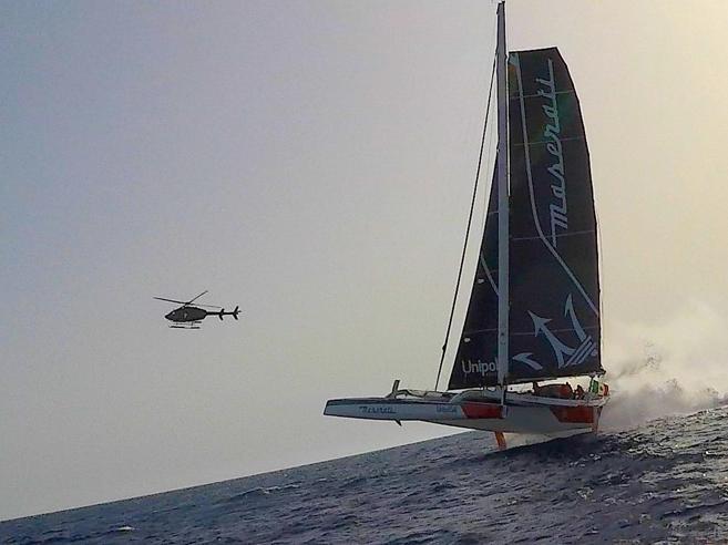 Il trimarano  «vola» sulle onde: Soldini presenta Maserati Multi70