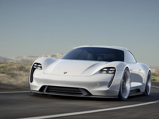«Porsche elettrica, noi pronti ma senza rinunciare alla potenza»