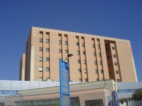 Otto pazienti morti per scambio tubi: 11 condanne a Taranto
