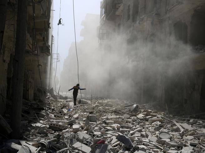 L'appello a Mosca: «La Russia fermi il massacro in Siria»