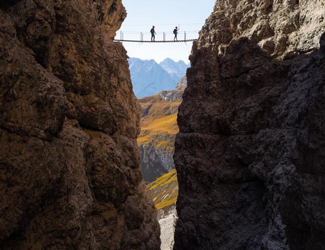 Italia-Austria, le vie tra le vette (dove i muri si superano) Foto