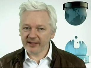 Julian Assange in diretta da Londra