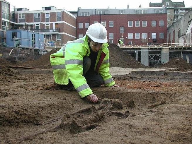 Londra: rinvenuti scheletri di «cinesi» in cimitero di epoca romana