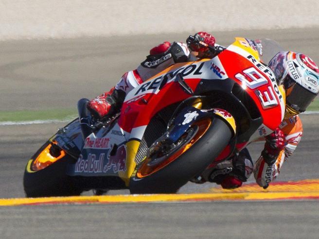 MotoGp ad Aragon Marquez vince e prenota il titoloValentino terzo dietro a Lorenzo