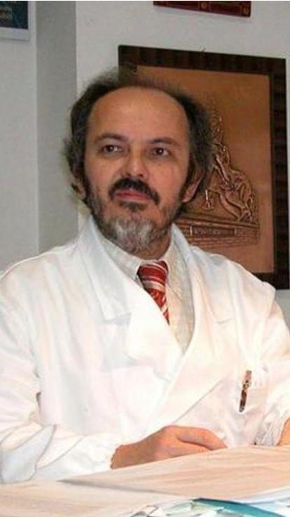 Sfida a  usare aghi grossi sui malati: sospeso medico che denunciò