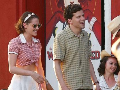Kristen Stewart e Jesse Eisenberg in �Caf� Society�