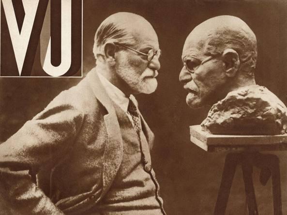 Sigmund Freud (1856-1939) sulla copertina della rivista «Vu» nel luglio del 1932