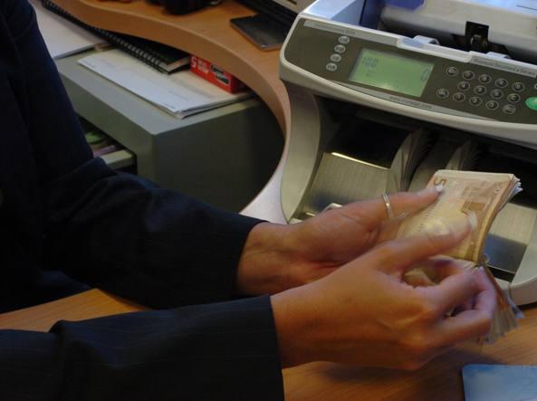 Banche, Bankitalia vigila su costi salvataggi 'scaricati' su clienti