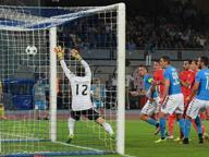 Champions, Napoli-Benfica 4-2 Azzurri show per 70', poi distratti