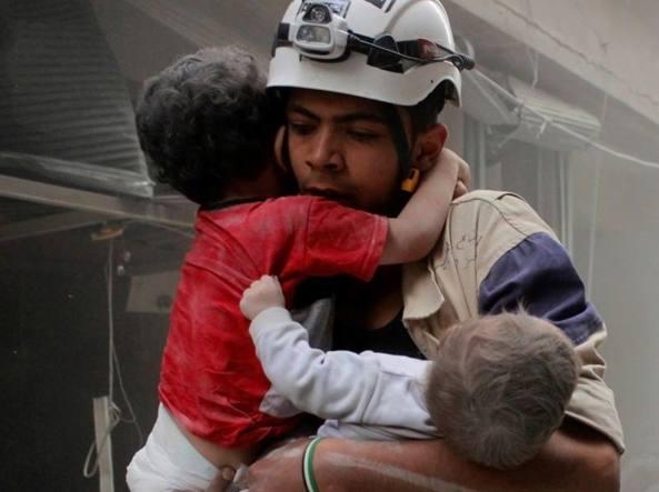 Aleppo, più di 100.000 bambini bevono acqua non sicura
