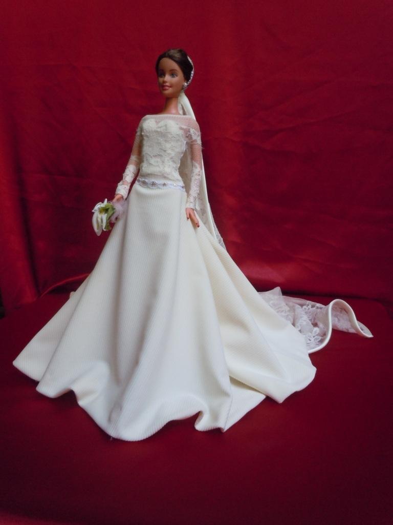 Le barbie in abito da sposa i vestiti curati come nell for Barbie colora vestiti