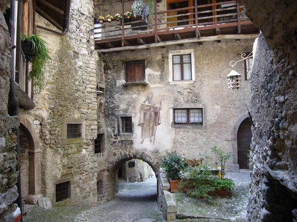 L italia terra dei piccoli comuni la camera approva la for Canale camera dei deputati