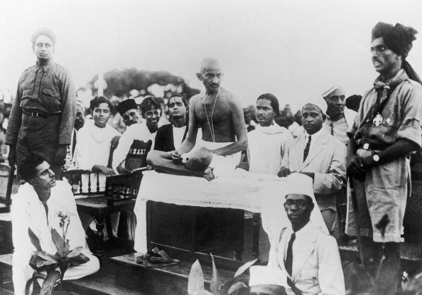 2 ottobre 1869 buon compleanno mahatma gandhi for Trova un buon costruttore