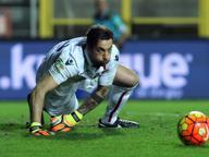 Bologna, Mirante torna ad allenarsi: superati i problemi cardiaci