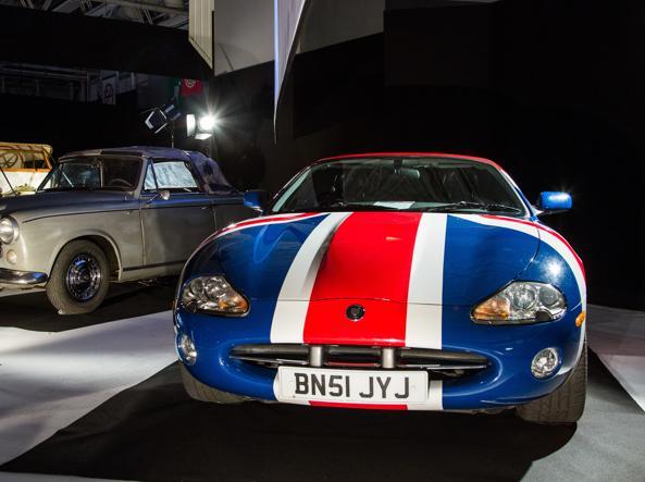 La Jaguar XK8