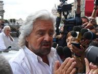 Referendum, Grillo: difendo la Carta Ma la campagna M5S è «tiepida»
