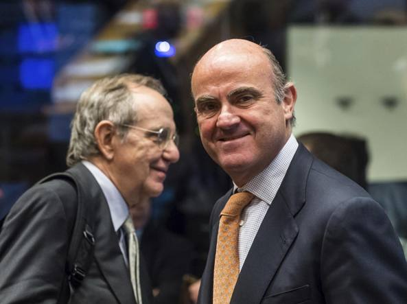 Padoan anticipa la manovra al Parlamento: pensioni, industria 4.0 e spending review